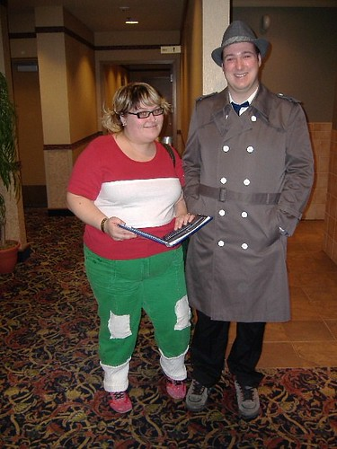 two people dressed up as Penny and Gadget at the Manitoba Comic Con 2007