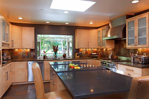 4641 South Lane - (10) kitchen