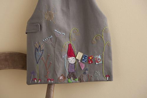 laundry apron detail