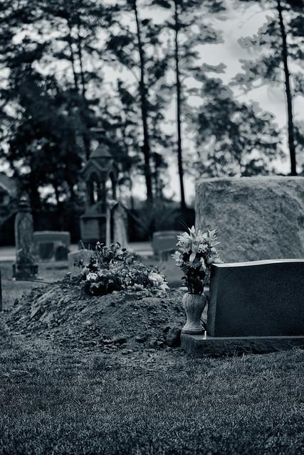150/365: Burial