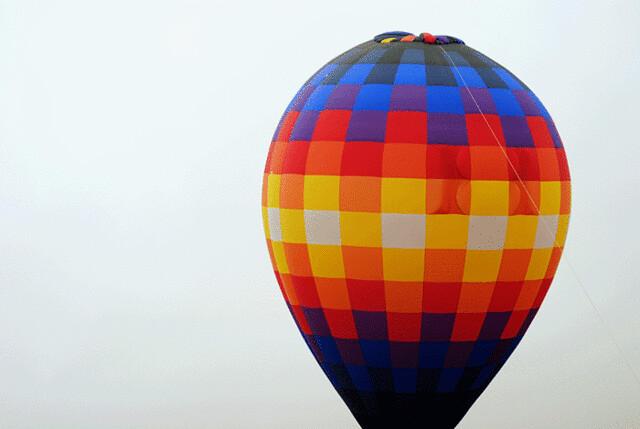 colorful-hot-air-balloon