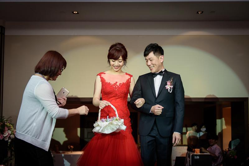國賓婚攝,台北國賓,國賓飯店婚宴,新秘Miko ,婚攝小勇,台北婚攝, 愛瑞思新娘秘書造型團隊,西敏英國手工婚紗,小寶工作室-059