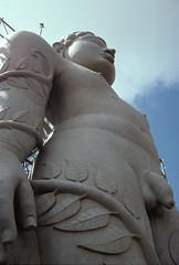 111 - Inde du sud / South India Karnataka. (Chanudaud) Tags: india statue religion karnataka inde sravanabelagola jainism sravanabelgola janisme gomateshvarabahubali