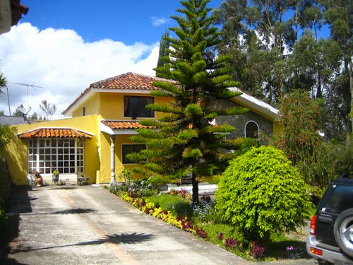 5574962511 0f03be9790 Ecuador Real Estate   Multiple Listing   Cuenca