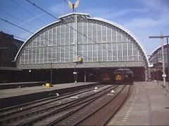 Eindelijk.. (Rinse Bunnik) Tags: station amsterdam jan db 1200 cs loc bahn serie 1254 centraal deutsche 1700 1773 446 locomotief elektrische nachtzug eetc euronight 70446 kiepura