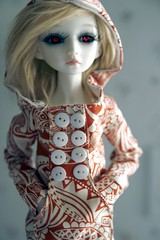 orange hoodie 2 (8th Avenue) Tags: orange eyes elf blonde bjd mei sharingan resinsoul
