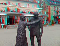 3D red/cyan Anaglyph - Waren/Mritz, Skulptur am Stadthafen / sculpture at the city harbor (3D - red/cyan) Tags: sculpture statue stereoscopic 3d skulptur anaglyph stadthafen mritz waren redcyan cityharbour finepixreal3dw1 fujifilmfinepixreal3dw1