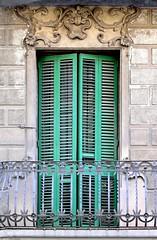 Barcelona - Mallorca 560 c (Arnim Schulz) Tags: barcelona espaa art window architecture liberty ventana spain arquitectura arte fenster kunst catalonia finestra artnouveau gaud architektur catalunya espagne fentre modernismo catalua spanien modernisme jugendstil espanya katalonien stilefloreale belleepoque baukunst