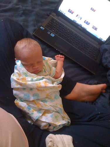 Hands-Free baby device