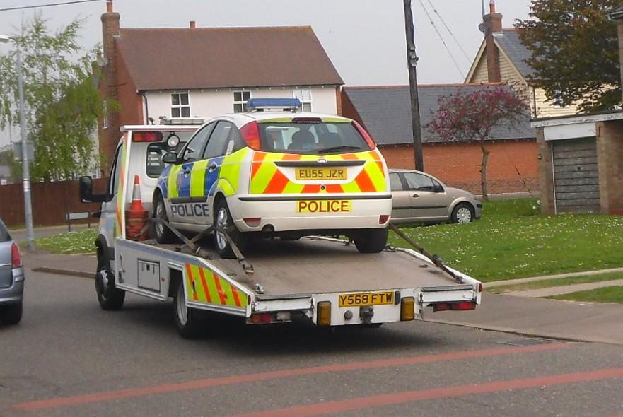 Essex Police / Transporter Van / ???? / Y568 FTW & Patrol Car / ???? / EU55 JZR