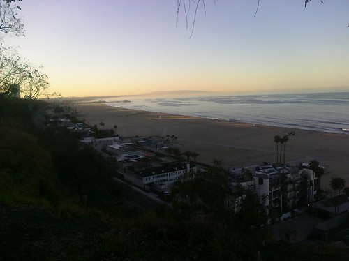 5624959499 49a186205d Santa Monica at Daybreak