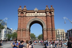 "Triumfbågen / Arc de Triomf, Barcelona • <a style=""font-size:0.8em;"" href=""http://www.flickr.com/photos/23564737@N07/5627802175/"" target=""_blank"">View on Flickr</a>"