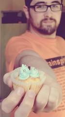 blue vanilla cupcake (fi0na) Tags: boy portrait man guy cooking smile photoshop vintage dessert cuisine eyes hand desert action main fingers fake tshirt husband occhi uomo dolce cupcake processing mano sorriso muffin ritratto trainspotting barba dita homme cucina ragazzo treatment occhiali prospettiva cucinare marito maglietta elaborazione ritocco dolcetto trattamento kurtolo81 bluevanillacupcake