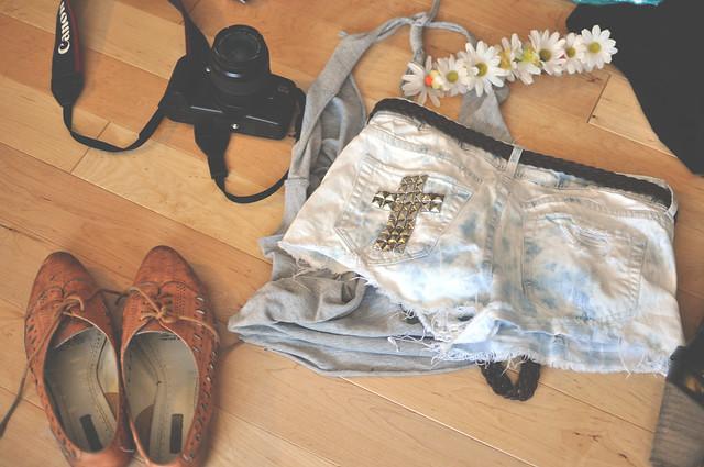 DIY studden shorts