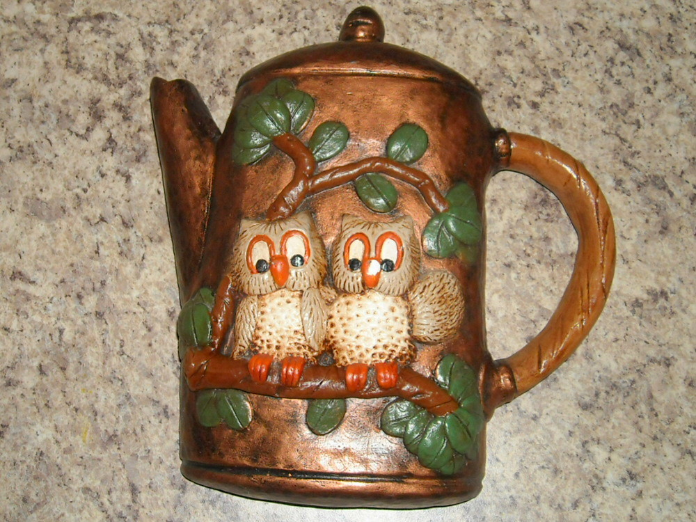 Lovely Vintage Owl Wall Plaque Wall Decor Chalkware Retro Plaque