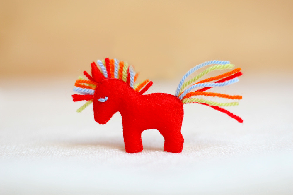 Pin a horse