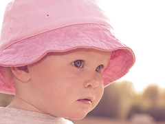 Soft (Kim Ledin) Tags: pink summer girl hat sunshine child sweden lovisa flickraward