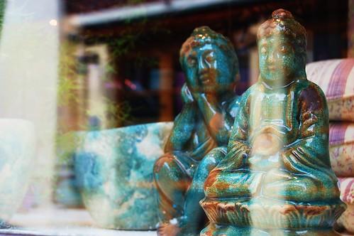 window buddhas