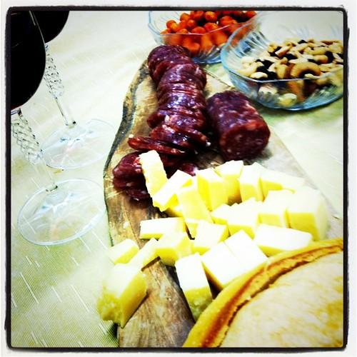 Queijos, vinho, castanhas, pão, sul, culinária do sul, gastronomia do brasil