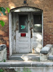 doorway in downtown Lynchburg (c2011 FK Benfield)