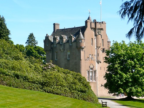 Crathes castle by nilame