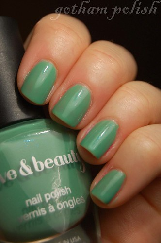 Forever 21 Mint polish GP