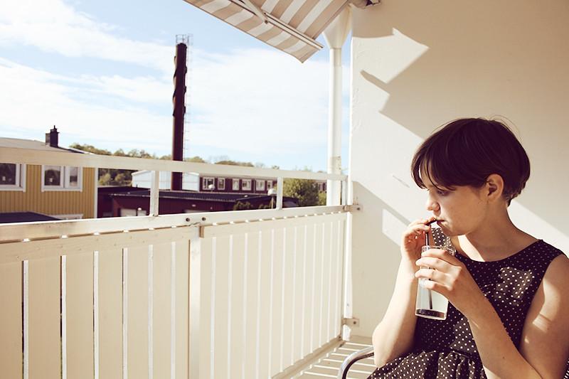 Mari på balkongen