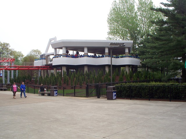 Cedar Point - Magnum XL-200 Station