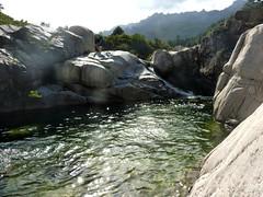 Vues de la descente du ruisseau de Sainte-Lucie en balade aquatique