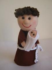 Santo Antnio (Arte & Mimos) Tags: feltro santo santoantnio botes gabarito megaartesanal wecareabout