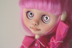 """I'm confused"" (Art_emis) Tags: new pink girl dutch make up smiling fashion altered hair photography carved doll hand handmade ooak painted coat teeth blythe custom clone artemis blyth reshaped"