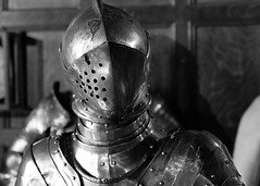 Knight in Warwick (Laurence's Pictures) Tags: knight armour britishmidlands