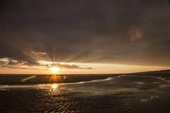 Eternal Conflict - Ameland 2014 (Wilma v H- off to Algarve for 2 weeks!) Tags: sunrise reflections ngc lensflare ameland buren sunflare waddeneilanden sandwaves sunbeamsbreakingthroughtheclouds coth5