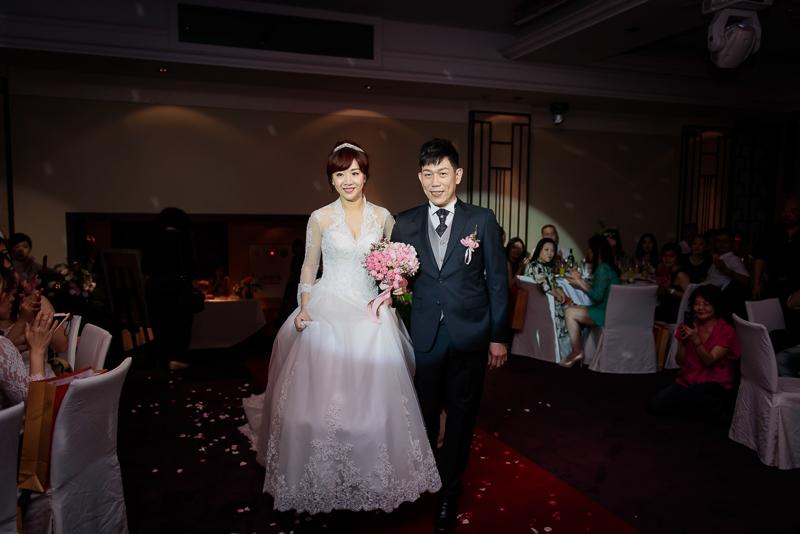 國賓婚攝,台北國賓,國賓飯店婚宴,新秘Miko ,婚攝小勇,台北婚攝, 愛瑞思新娘秘書造型團隊,西敏英國手工婚紗,小寶工作室-037