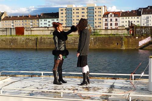 Performance mit Franziska Berg auf der Schute Vita