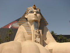 Egypt comes to Land of Exotica...in USA (Sunciti _ Sundaram's Images + Messages) Tags: vegas usa color art pyramid egypt 1001nights brightspark blueribbonwinner 10faves 5photosaday abigfave aplusphoto agradephoto flickraward flickerdiamond inspirationhappiness brillianteyejewel concordians rubyphotographer mallimixstaraward artofimages capturethefinest winklerians 1001nightsa