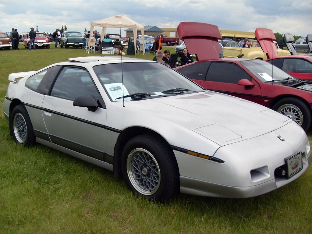 1986 Pontiac Fiero GT Fastback