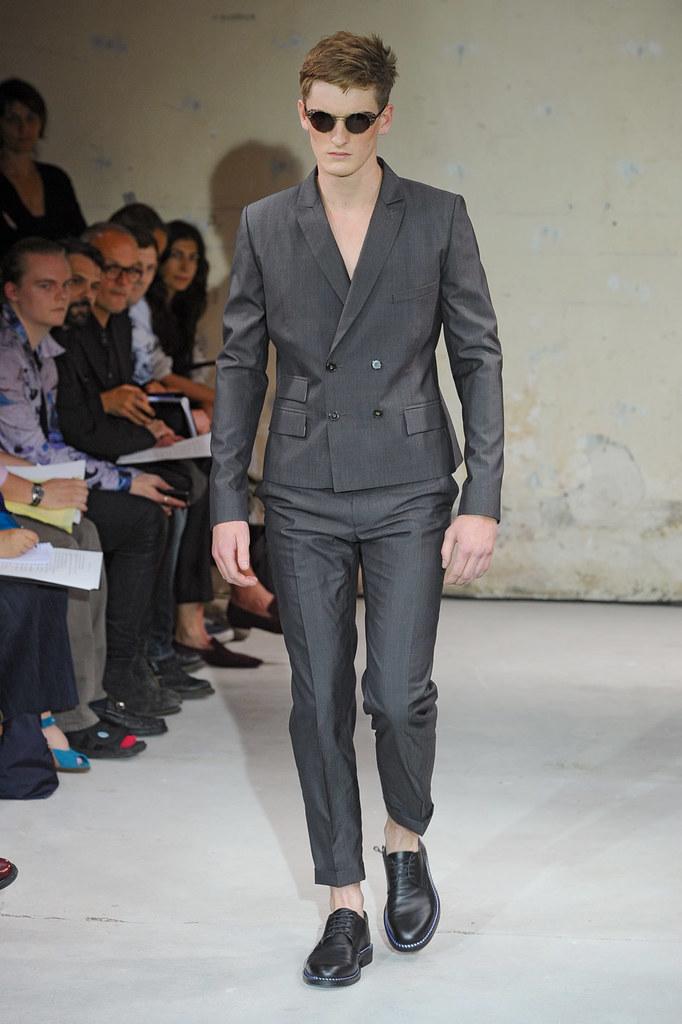 SS12 Paris Christian Lacroix001(Homme Model)