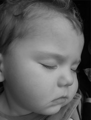 Dreamland (Maureclaire) Tags: boy sleeping portrait bw baby cute blancoynegro monochrome blackwhite child bambini kinderen adorable kinder nios enfants asleep littleboy babyboy pequeos copii lapset  brn dti gyerekek ocuklar anakanak  blackwhitephotos otroci mgabata    fmijt camdenhufnagel