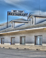 Mt Top Restaurant (podolux) Tags: windows signs window sign restaurant md nikon closed maryland cumberland 2012 alleganycounty photomatix d5100 dwwg april2012 nikkordx1855vr photomatixformac