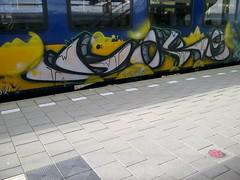 at night I live my life right (Holland paint) Tags: streetart graffiti trein
