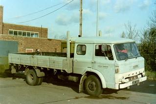 London Transport Ford D series JGF526K 1749F Edgware early 1985