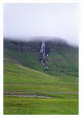 cascade, pninsule de Snfellsnes; Islande juillet/aot 1990 - waterfall, peninsula of Snfellsnes; Iceland july/august 1990 (JJ_REY) Tags: iceland nikon 1990 islande f401s borderfx