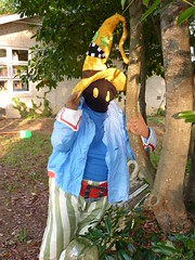Vivi Loves Nature (stormymoorecosplay) Tags: john hearts video cosplay kingdom stormy games moore axel johnmoore vivi sora riku kingdomhearts chapman roxas pence 2011 organizationxiii vipperman axelroxas nashicon2010 stormymoorecosplay johnmoorechapman stormyvipperman roundcon