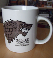 Winter is coming. The Stark's cup ({El Gris}) Tags: gifts gift stark regalo curiosidades regalos regalitos regalito gameofthrones juegodetronos