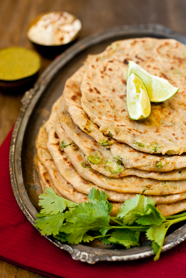 Journey kitchen aloo matar paratha a guest post by prerna of aloo matar paratha a guest post by prerna of indian simmer forumfinder Choice Image