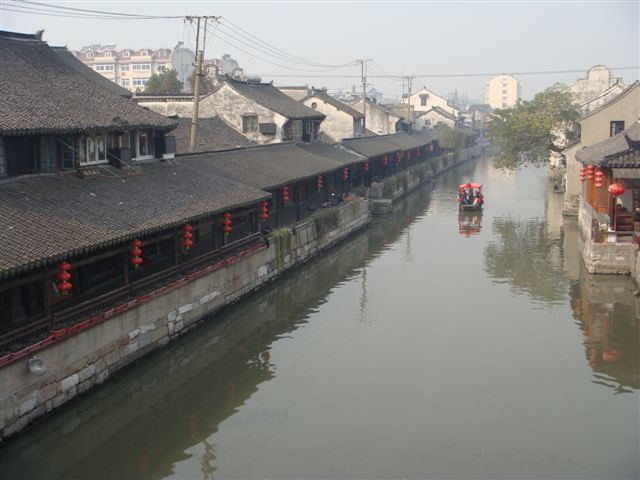 上海近郊の水郷・金山楓ケイ日帰り旅行(海外の水の都・水郷都市を訪問できるオプショナルツアー)