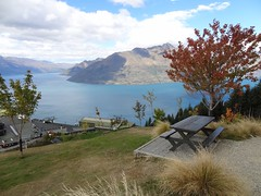 Picnic Table With a View, Top of Skyline Gondola, Queenstown (dannymfoster) Tags: autumn newzealand fall nz southisland queenstown lakewakatipu bobspeak skylinegondola