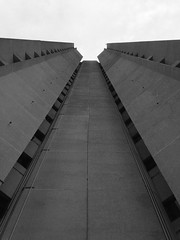 Grey (lu.zanlorenzi) Tags: city windows sky building lines concrete grey vanishingpoint high sad