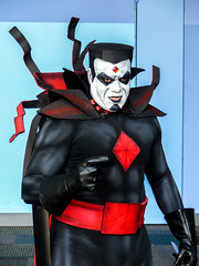 Mr. Sinister - One Bad Dude (J Wells S) Tags: whiteface villain evil glare facepaint candidportrait portrait cincinnaticomicexpo dukeenergycenter cincinnati ohio cosplay costume dressup people stare mistersinister supervillain xmen marvelcomics americancomicbooks